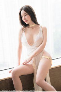 蕾丝女神周于希 白色衣裙优美身段图片