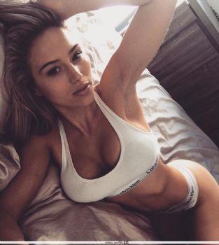 Georgina Gentle- 澳洲美人比基尼私房照图片