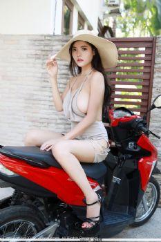 秀人网林美惠子巨乳美女性感户外写真 [31P]