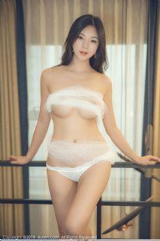 性感女神宋KiKi 网状白纱红色胸带图片